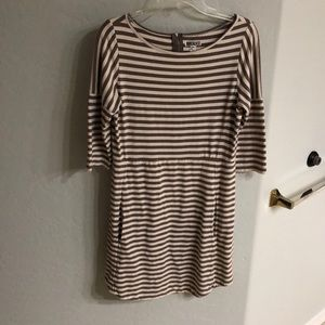 3/4 sleeve striped dress
